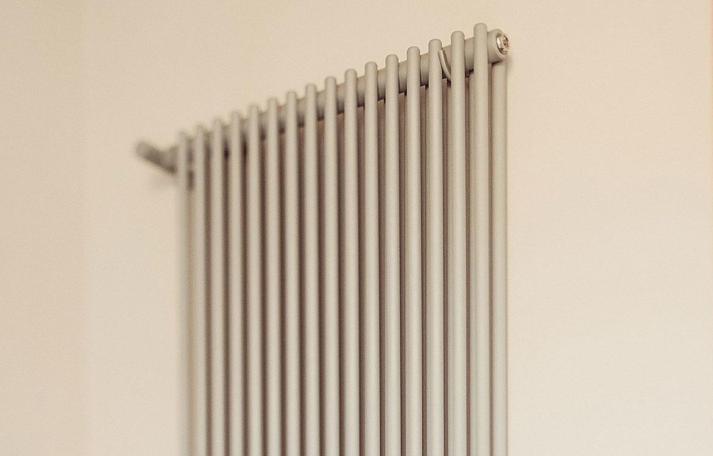 Detail-Heizkörper-Rohr-diapason-double-Graziano