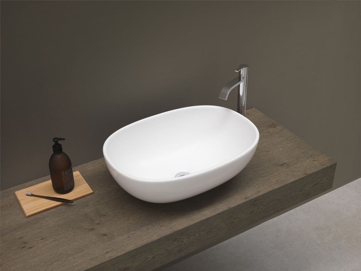Lay-on-washbasin-milk-light-nic-design-54x40-H-17