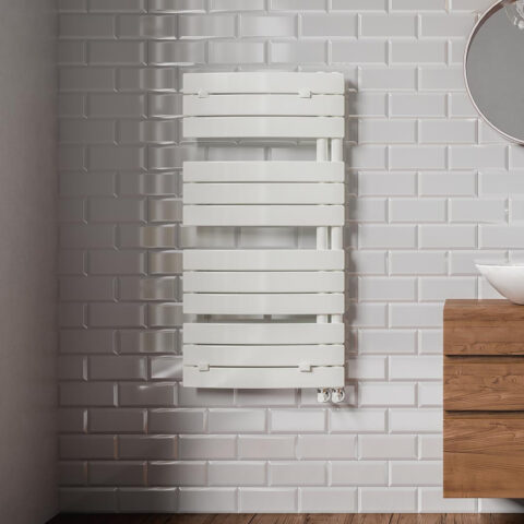 scaldasalviette-curvo-Lazzarini-radiatori-termoarredo-Pieve
