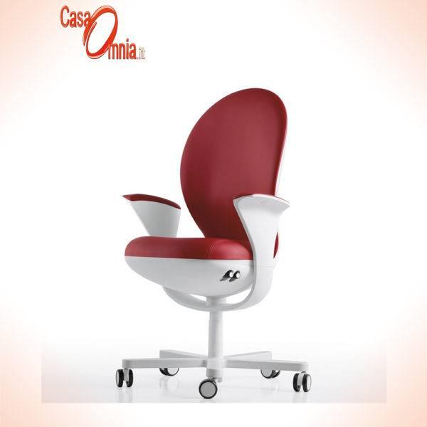 seduta-direzionale-luxy-serie-bea-ergonomica-girevole-ufficio-braccioli-schienale-regolabili-bianco-tessuto-colore-rosso-design