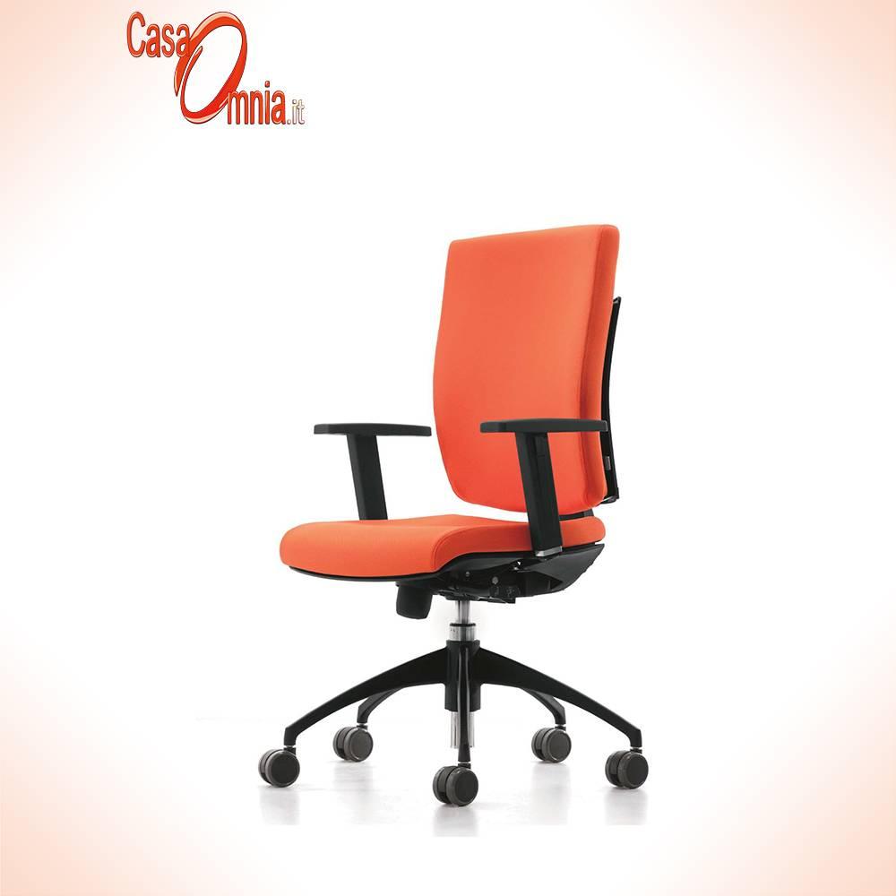 chaise ergonomique fonctionnement bureau-salon-noir-rouge-pixel-Luxy