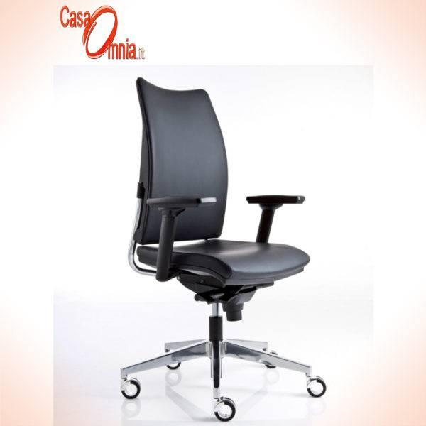 sedute-operative-luxy-serie-overtime-ergonomica-girevole-lavoro-ufficio-braccioli-schienale-regolabile-nera-tessuti-colore-nero-design
