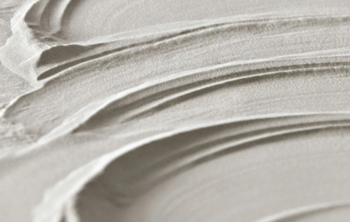 radiator-to-plate-in-stone-soapstone-graziano-radiators-goccia-white-detail
