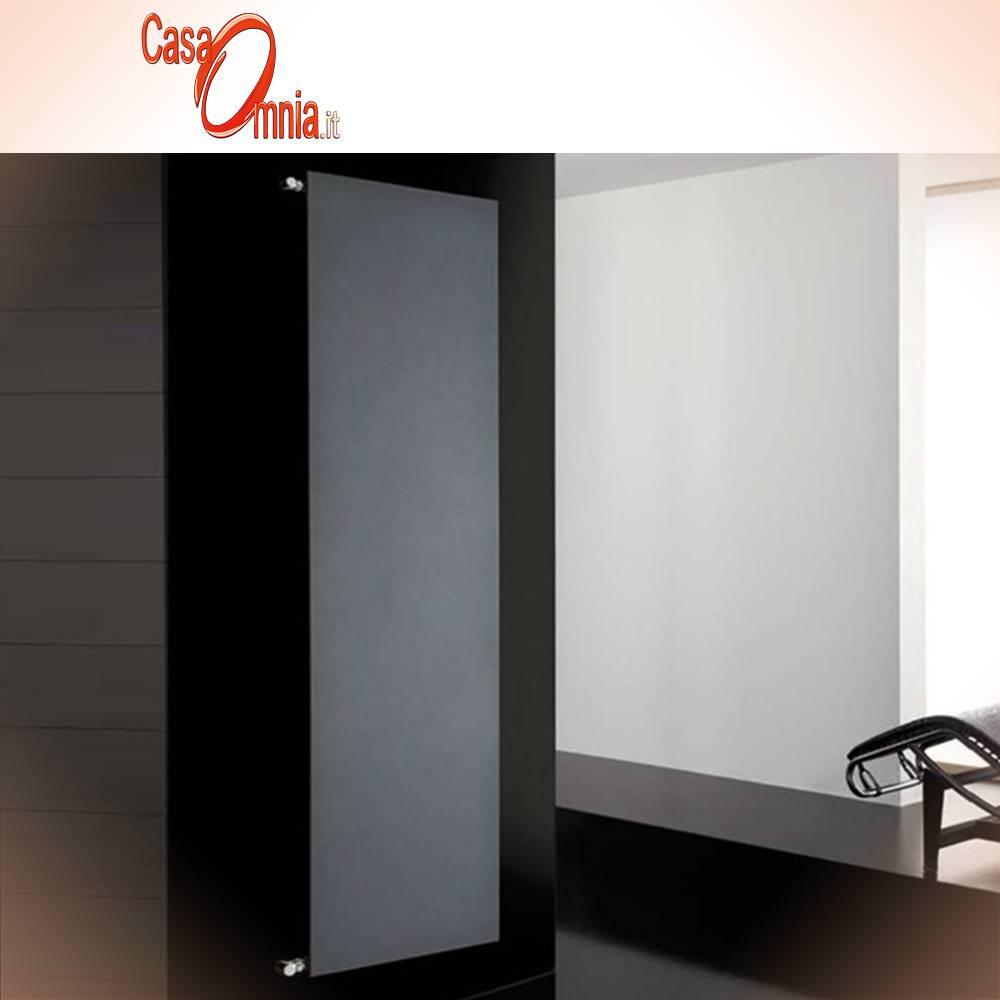 Radiateur-vertical-single-DELTACALOR-plaque de couleur