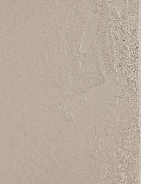 detail-radiator-in-resin-milo-graziano