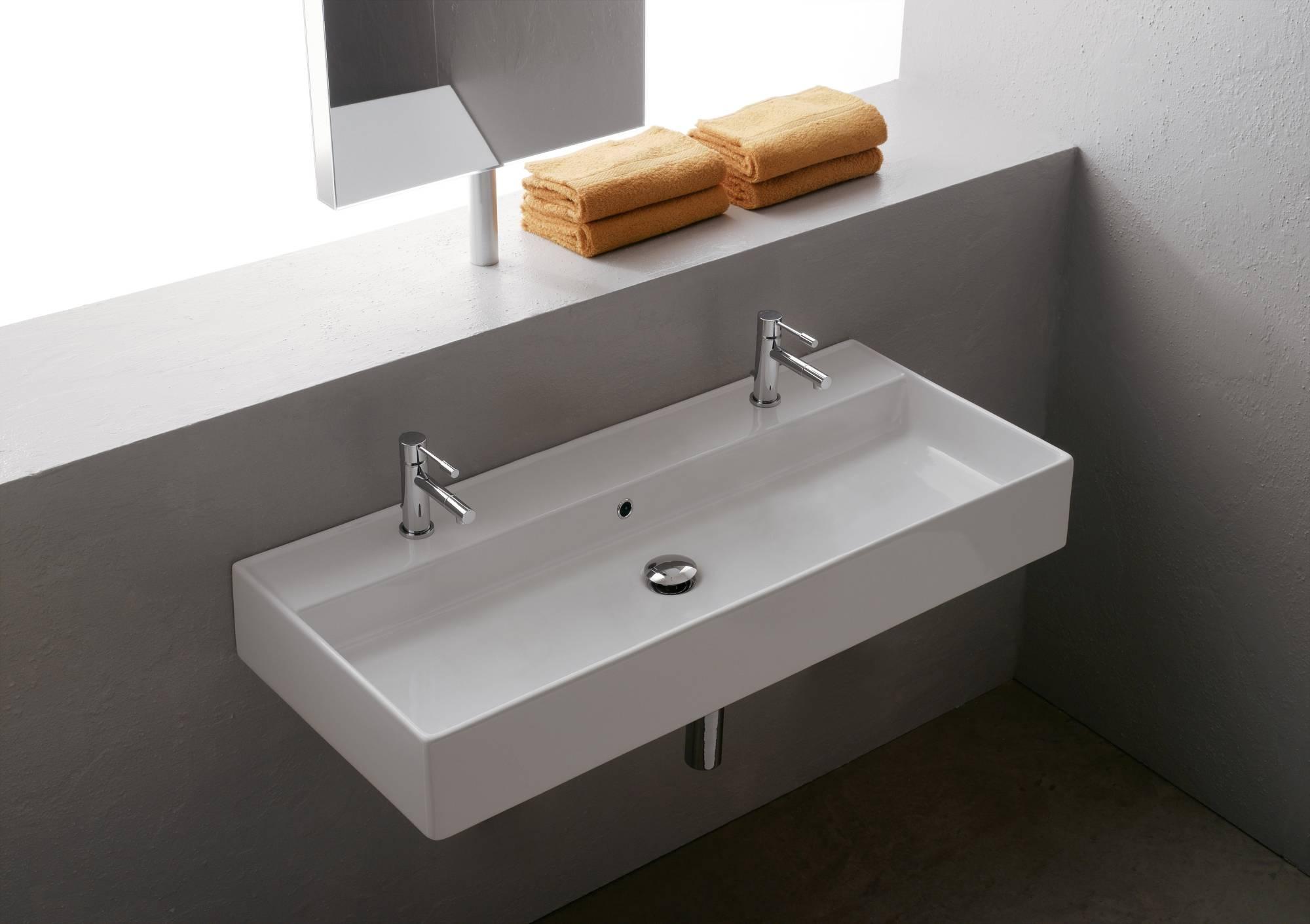lavabo_da_appoggio_o_sospeso_con_due_fori_rubinetto_thin_line_teorema_scarabeo