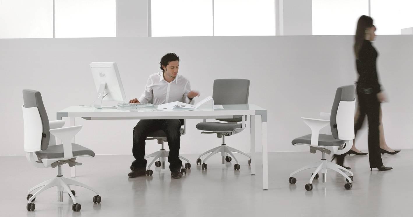 seduta_operativa_ufficio_struttura_bianca_seduta_grigia_luxy_pixel