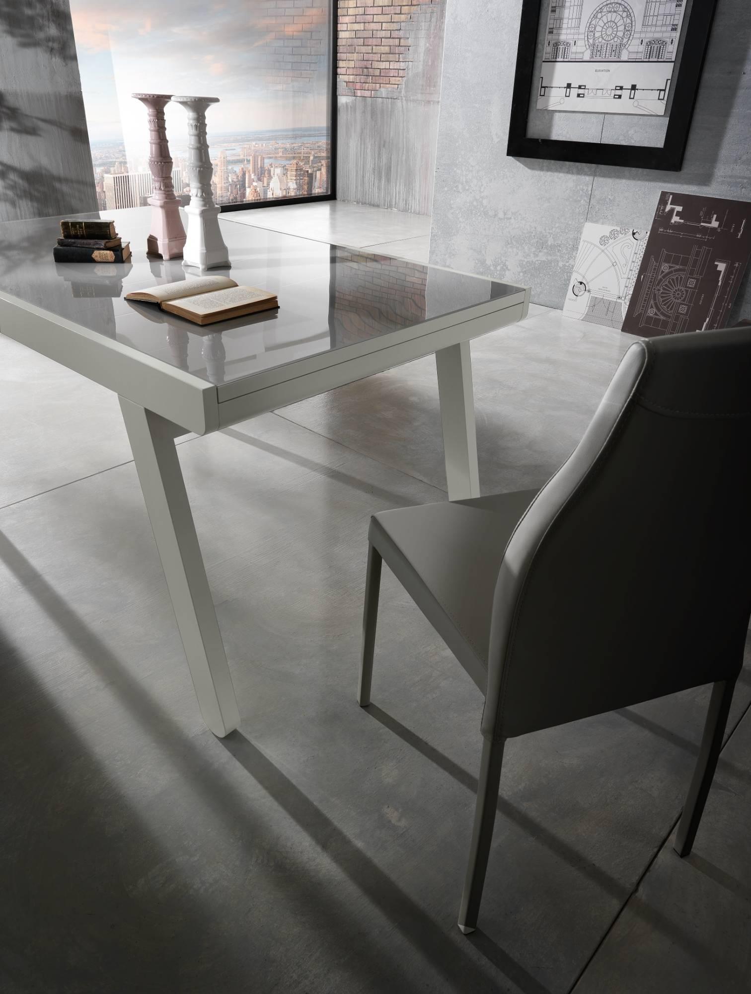 tavolo_in_legno_e_vetro_allungabile_maxhome_modello_lucas_vista_laterale