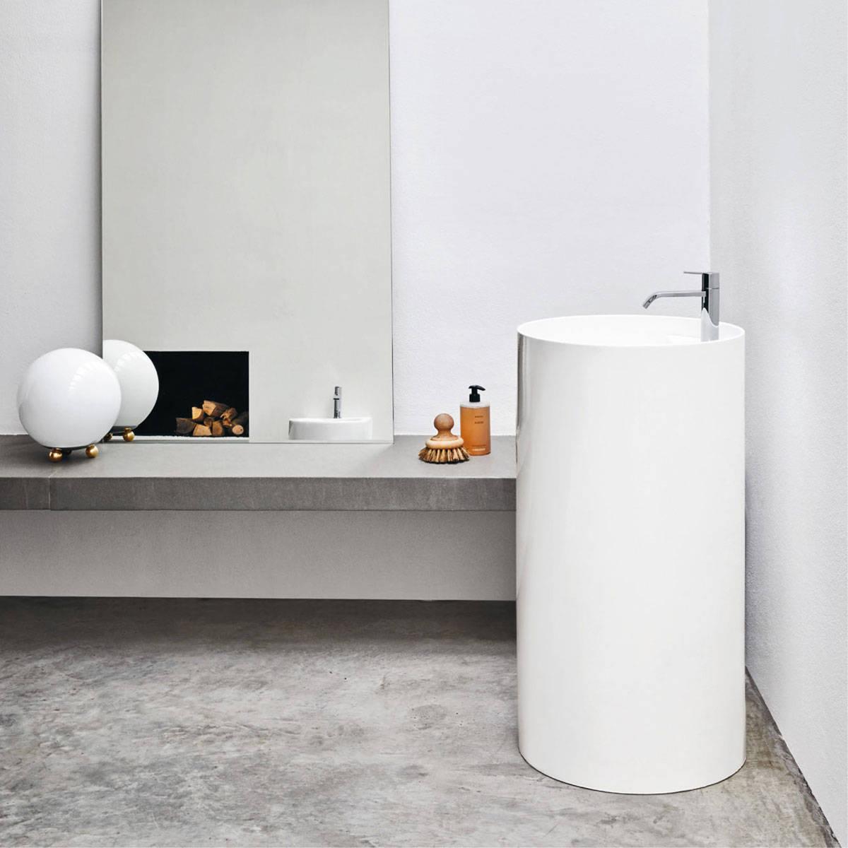 lavabo au sol ceramique avec trou pour robinet ovvio nic design