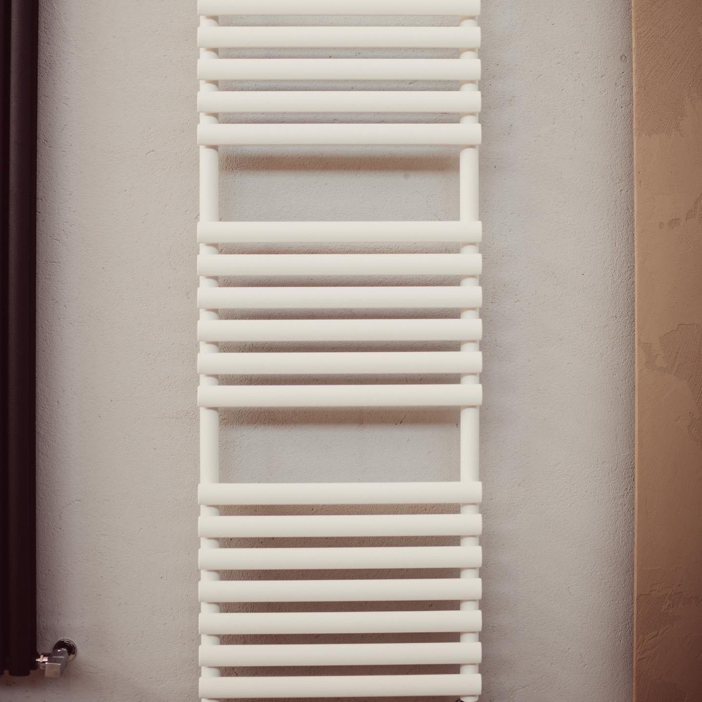 scaldasalviette tubolare bianco colorato orbite graziano radiators