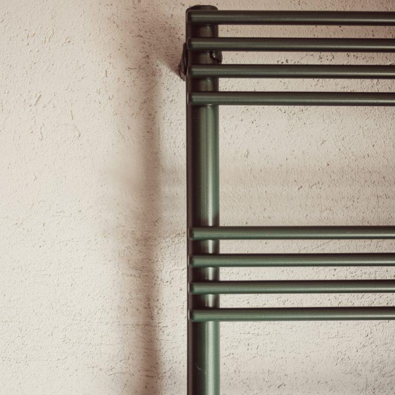 scaldasalviette verticale tubolare colorato for ever graziano radiators