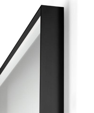 specchio retroilluminato led bagno dettaglio spigolo idra black vanità e casa